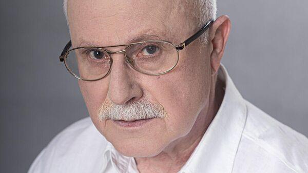 Заслуженный артист России Виталий Стремовский