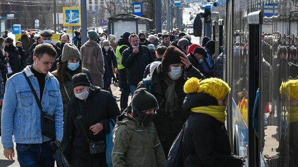 Инфекционист оценил ситуацию с заболеваемостью COVID-19 в России