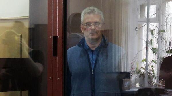Губернатор Пензенской области Иван Белозерцев на заседании Басманного суда Москвы