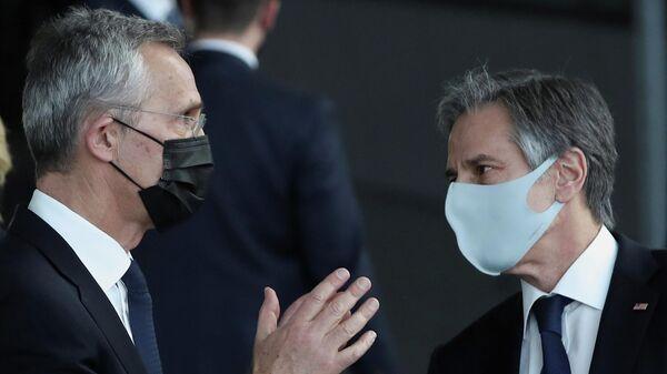 Государственный секретарь США Энтони Блинкен и генеральный секретарь НАТО Йенс Столтенберг в Брюсселе