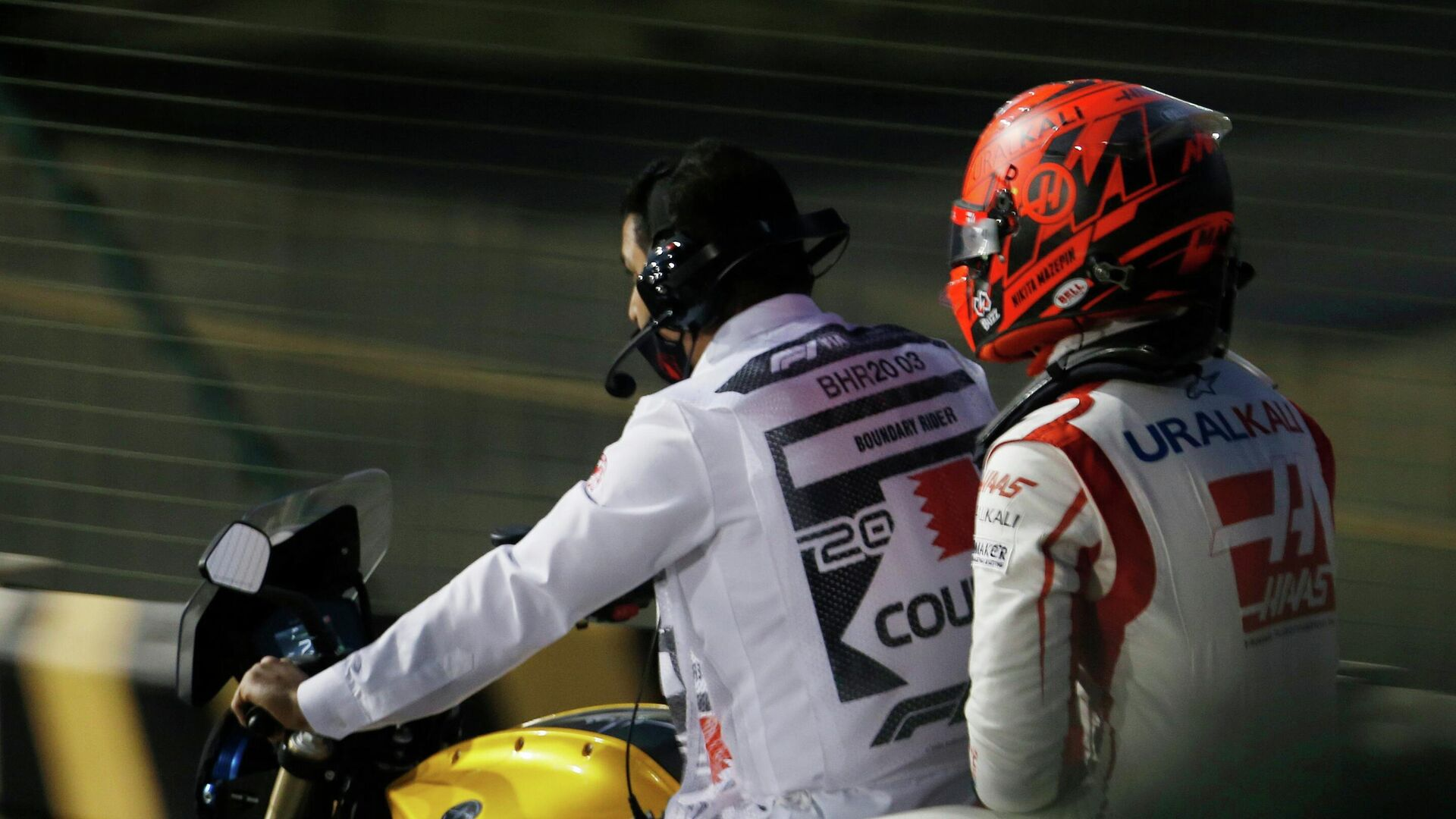 Никита Мазепин после аварии на Гран-при Бахрейна Формулы-1 - РИА Новости, 1920, 28.03.2021