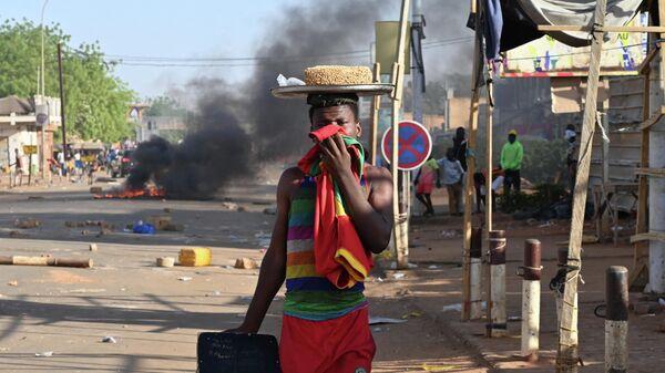 Опозиционная демонстрация на улице Нигера