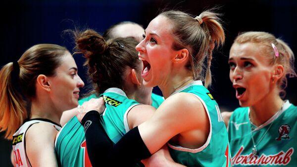 Игроки ВК Локомотив радуются победе в финальном матче Финала Шести женской волейбольной Суперлиги сезона 2020/21 между ВК Локомотив (Калининград) и ВК Динамо (Москва).