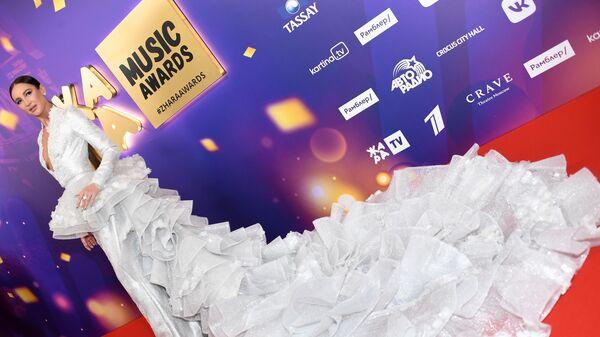 Певица Ольга Бузова на III церемонии награждения музыкальной премии Жара Music Awards в Crocus City Hall