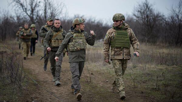 Эксперт назвал призыв Зеленского к Путину встретиться в Донбассе хайпом