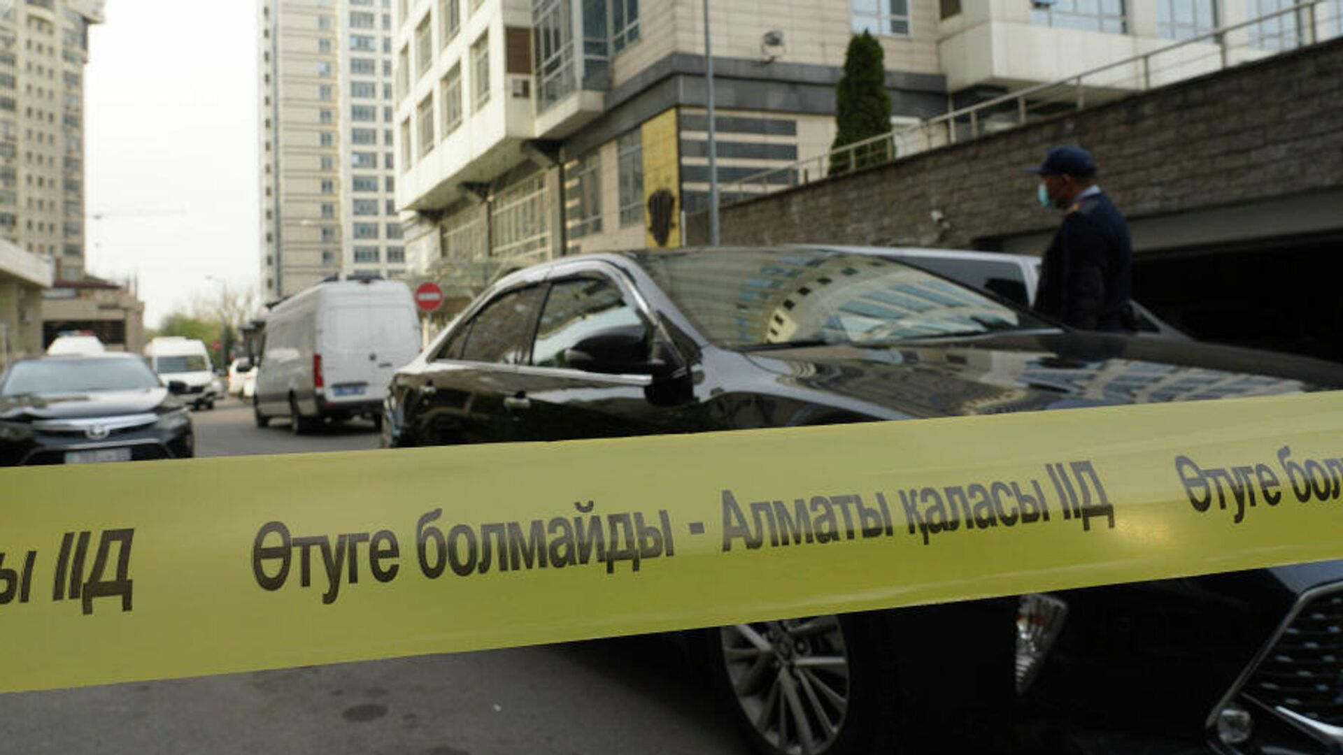 Застрелившийся при штурме квартиры в Алма-Ате был россиянином