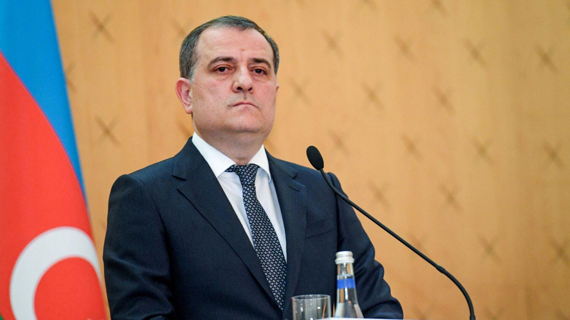 Главы МИД Армении и Азербайджана встретились впервые с ноября 2020 года