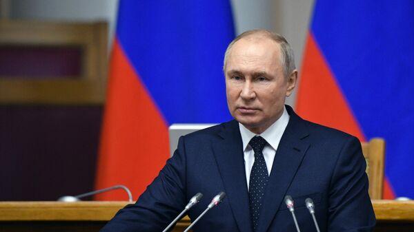 Путин заявил о контроле ситуации с коронавирусом в других странах