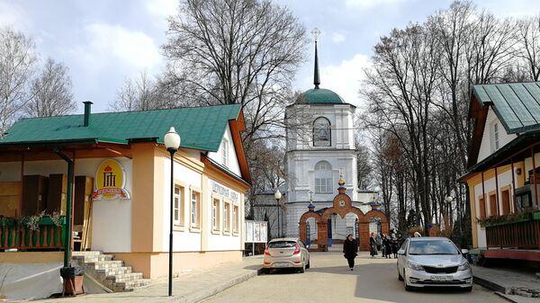 Церковь Успения Богородицы в усадьбе Демьяново