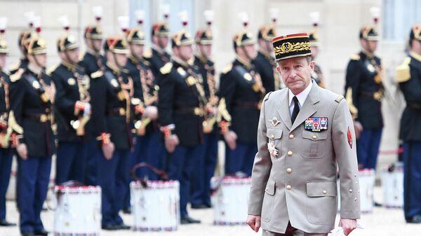 Начальник Генерального штаба Франции Пьер де Вилье в Елисейском дворце. 2017 год