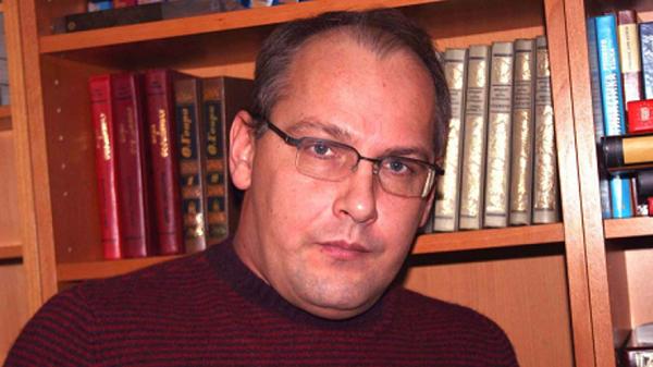 Писатель Дмитрий Стародубцев