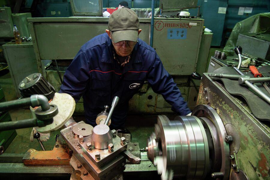 Рабочий механоремонтного цеха