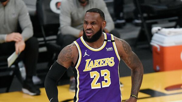 LOS ANGELES, CA - APRIL 30: LeBron James #23 of the Los Angeles Lakers reacts during the first half against the Sacramento Kings at Staples Center on April 30, 2021 in Los Angeles, California. NOTE TO USER: User expressly acknowledges and agrees that, by downloading and or using this photograph, User is consenting to the terms and conditions of the Getty Images License Agreement.   Kevork Djansezian/Getty Images/AFP (Photo by KEVORK DJANSEZIAN / GETTY IMAGES NORTH AMERICA / Getty Images via AFP)