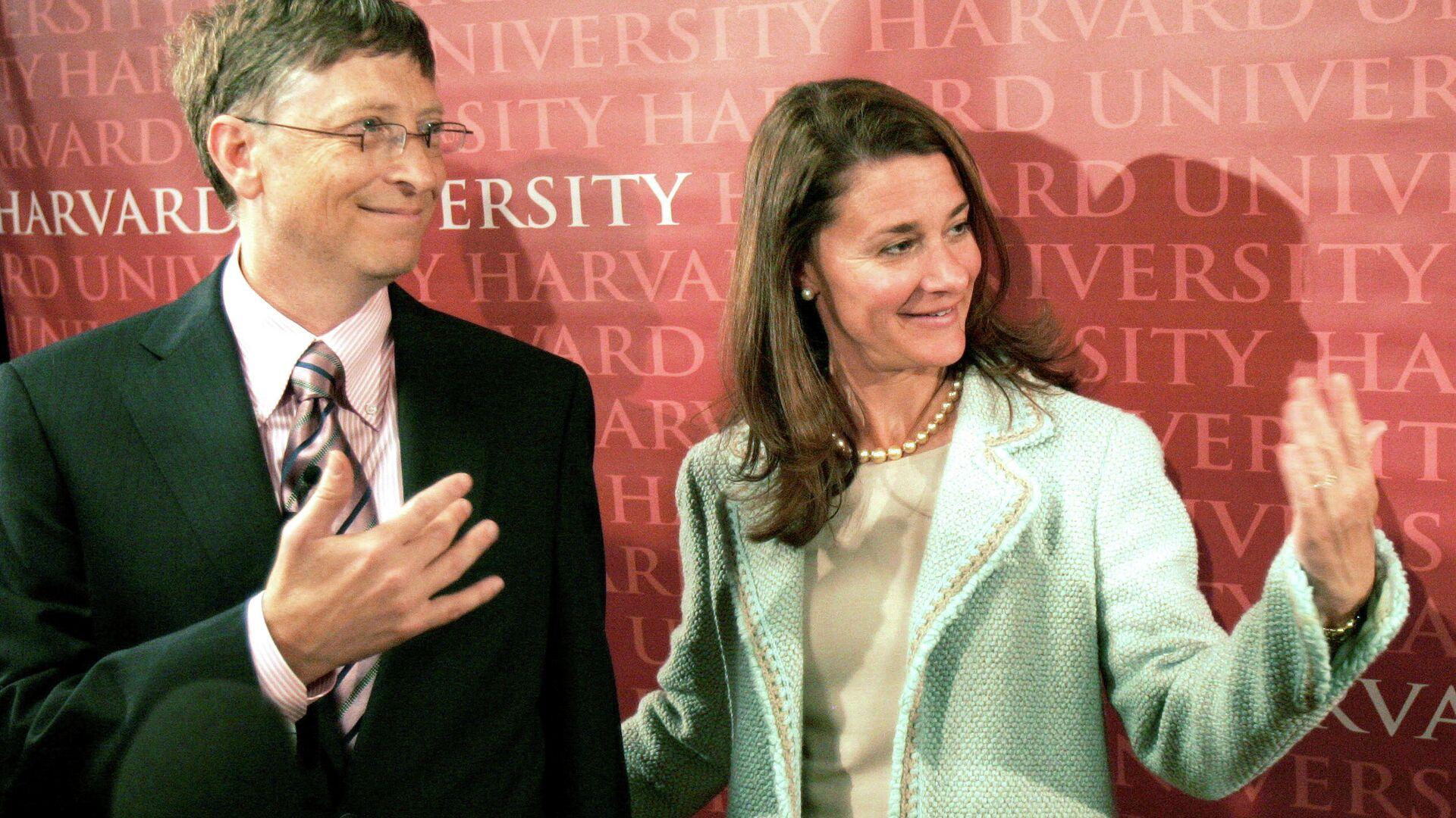 Билл Гейтс с супругой Мелиндой - РИА Новости, 1920, 08.05.2021
