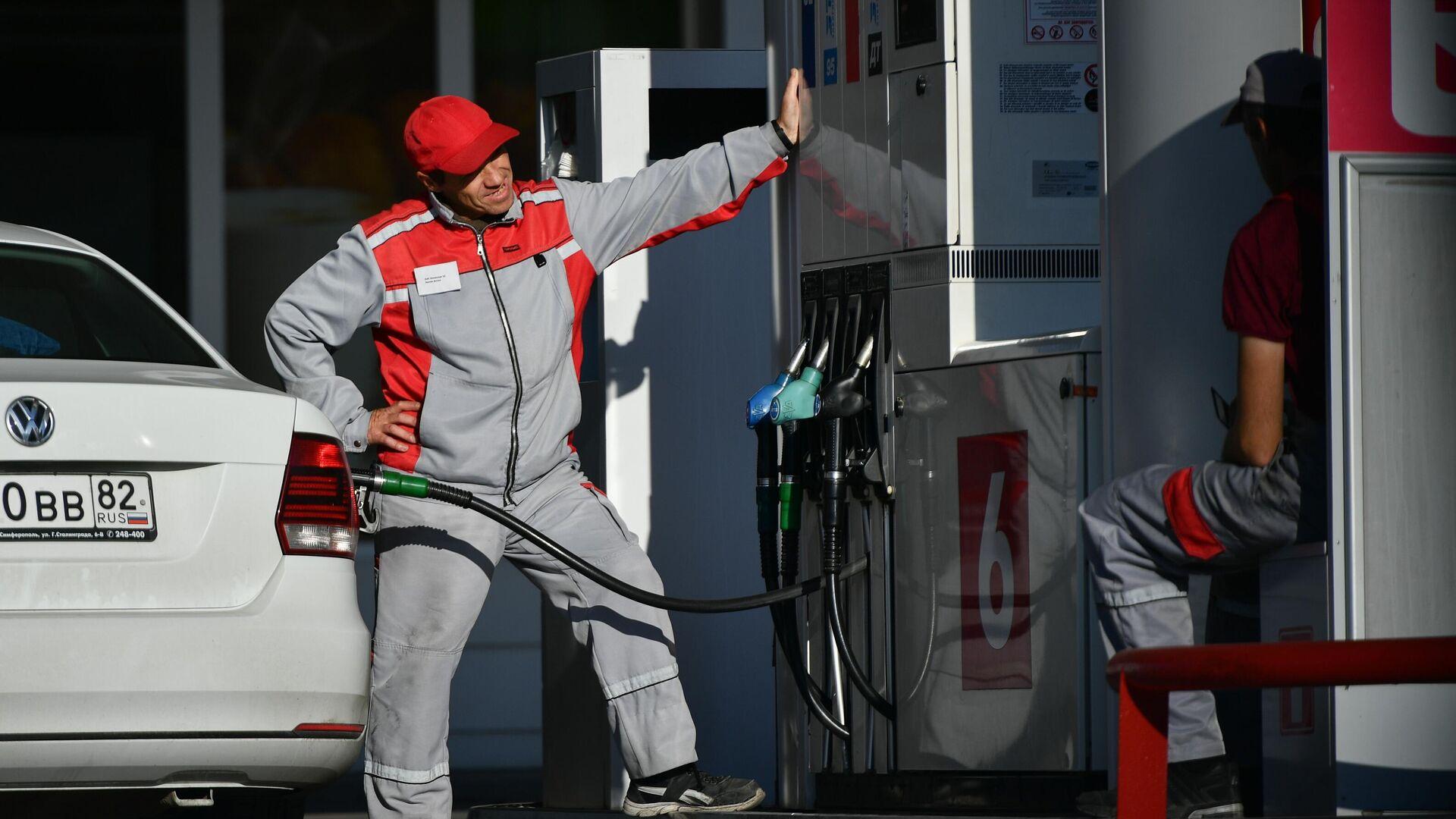 Минэнерго призвало ускоренно запустить процедуру запрета на экспорт бензина