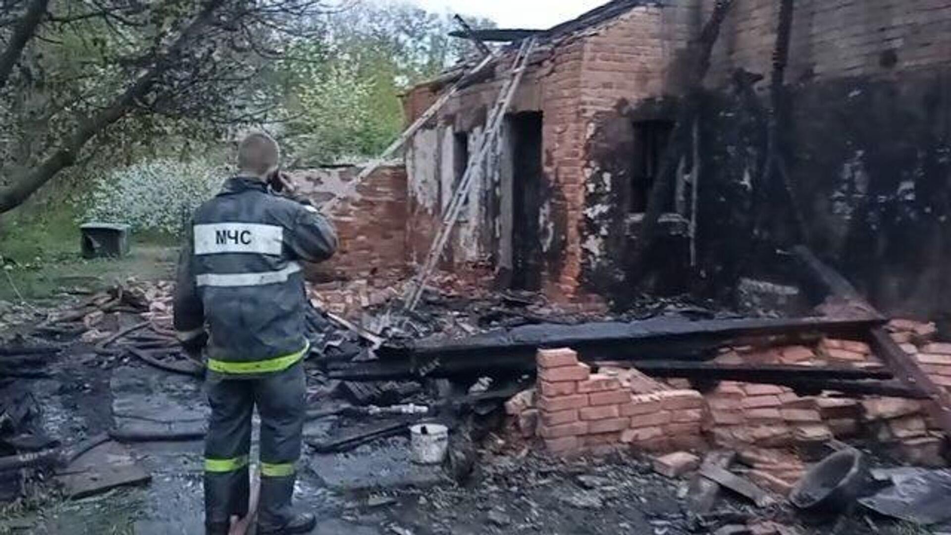 Последствия обстрела окраины Донецка со стороны ВСУ - РИА Новости, 1920, 08.05.2021