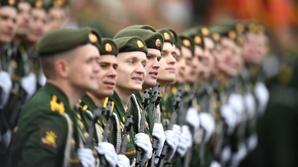 Военнослужащие роты Военной академии РВСН на военном параде в честь 76-й годовщины Победы в Великой Отечественной войне в Москве