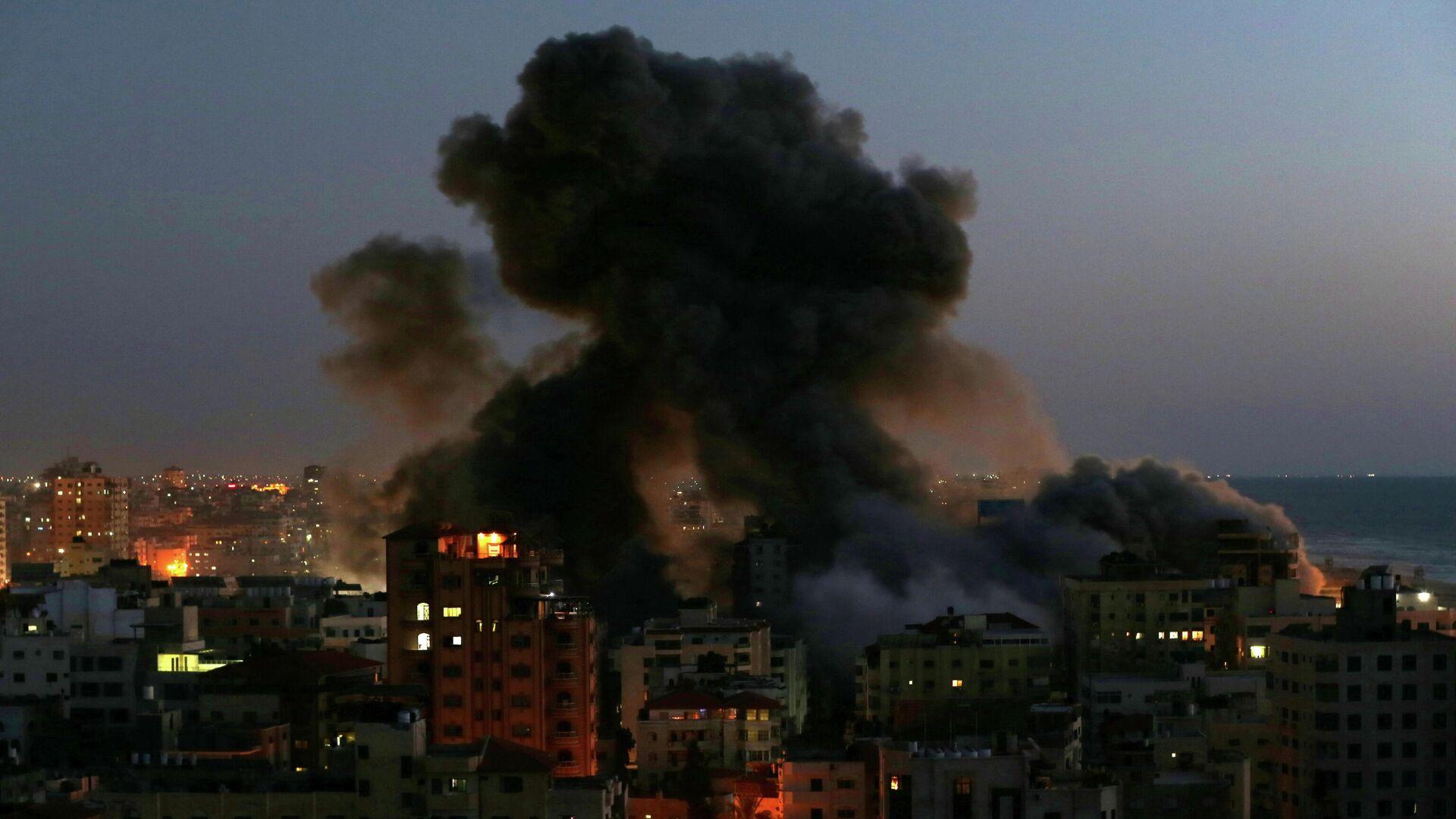 Последствия израильского авиаудара по Газе - РИА Новости, 1920, 13.05.2021