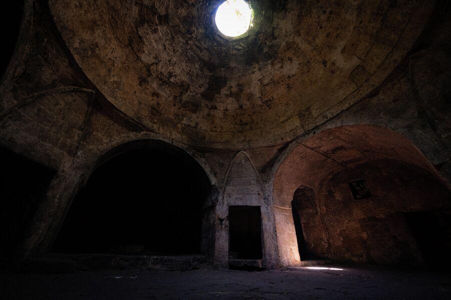 Мужские бани VIII века в Дербенте