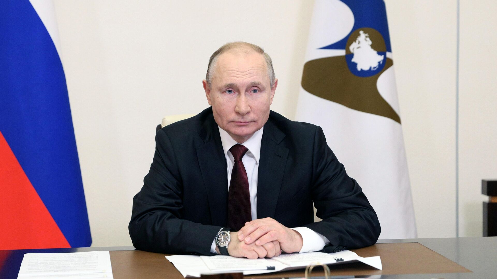 Президент РФ Владимир Путин принимает участие в заседании Высшего Евразийского экономического совета в режиме видеоконференции - РИА Новости, 1920, 22.05.2021