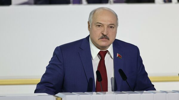 Дотянулся до небес. Лукашенко теперь долго будет ICAO