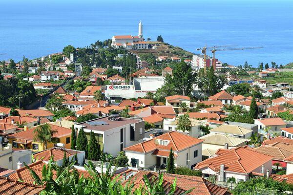 Город Фуншал на острове Мадейра