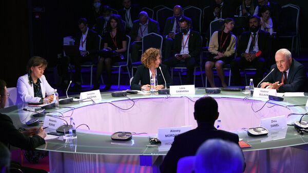 Панельная дискуссия Трансформация мировой торговли. Эффективность государственного регулирования в рамках ПМЭФ-2021
