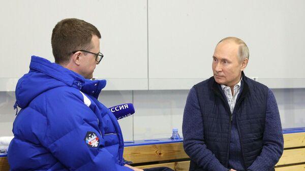 Президент РФ Владимир Путин отвечает на вопросы журналиста телеканала Россия 1 Павла Зарубина. 09 июня 2021