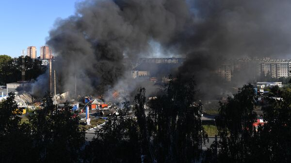 Автозаправка горит в Новосибирске
