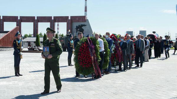 Церемония прощания с космонавтом Владимиром Шаталовым