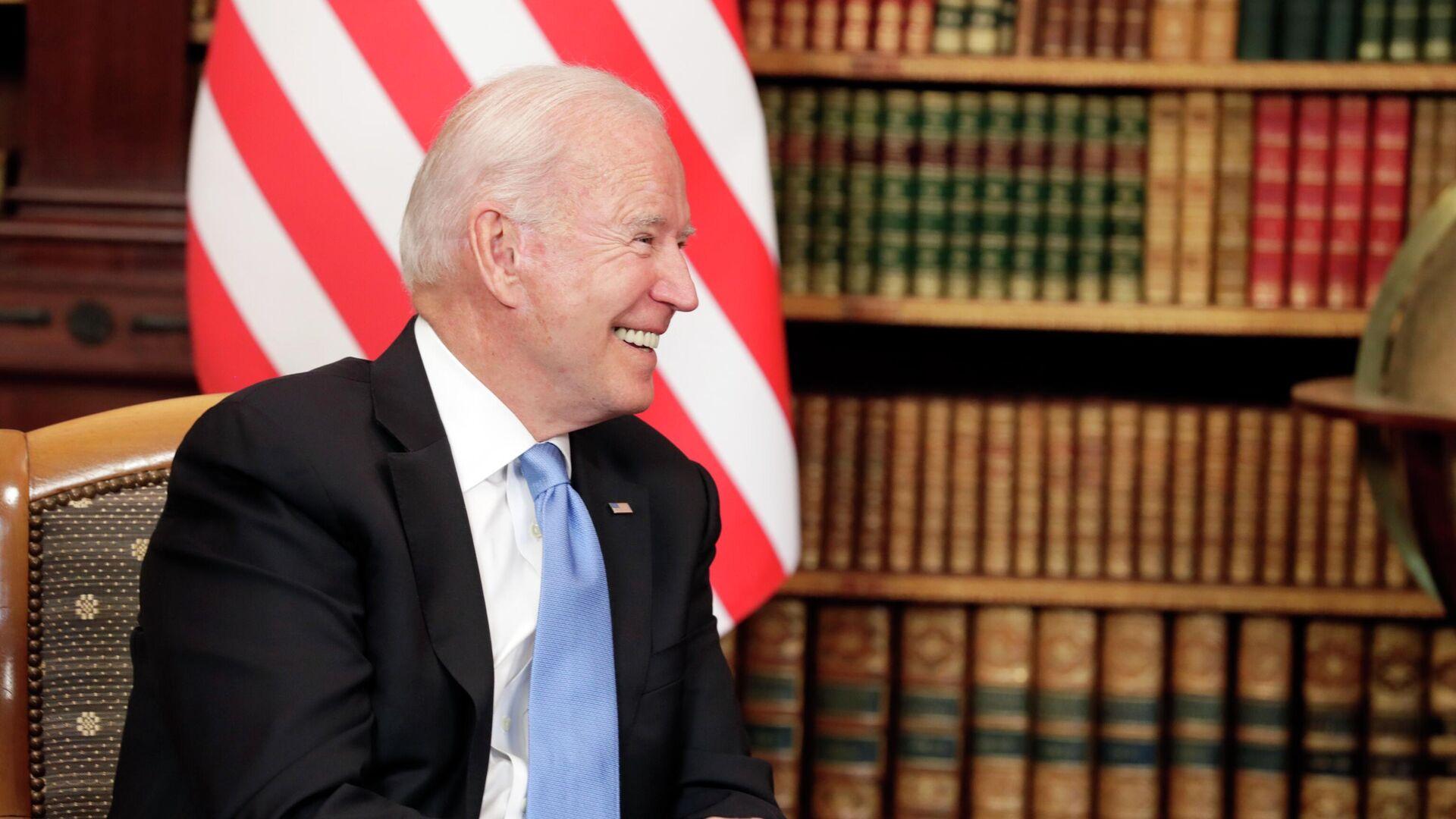 Президент США Джо Байден на вилле Ла Гранж в Женеве во время  встречи с президентом РФ Владимиром Путиным - РИА Новости, 1920, 28.07.2021