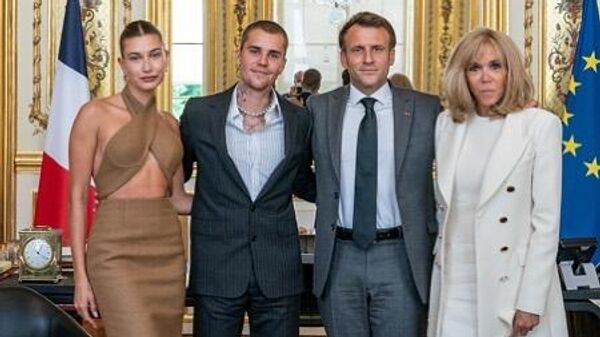 Джастин и Хейли Бибер встретились с Эммануэлем и Брижит Макрон