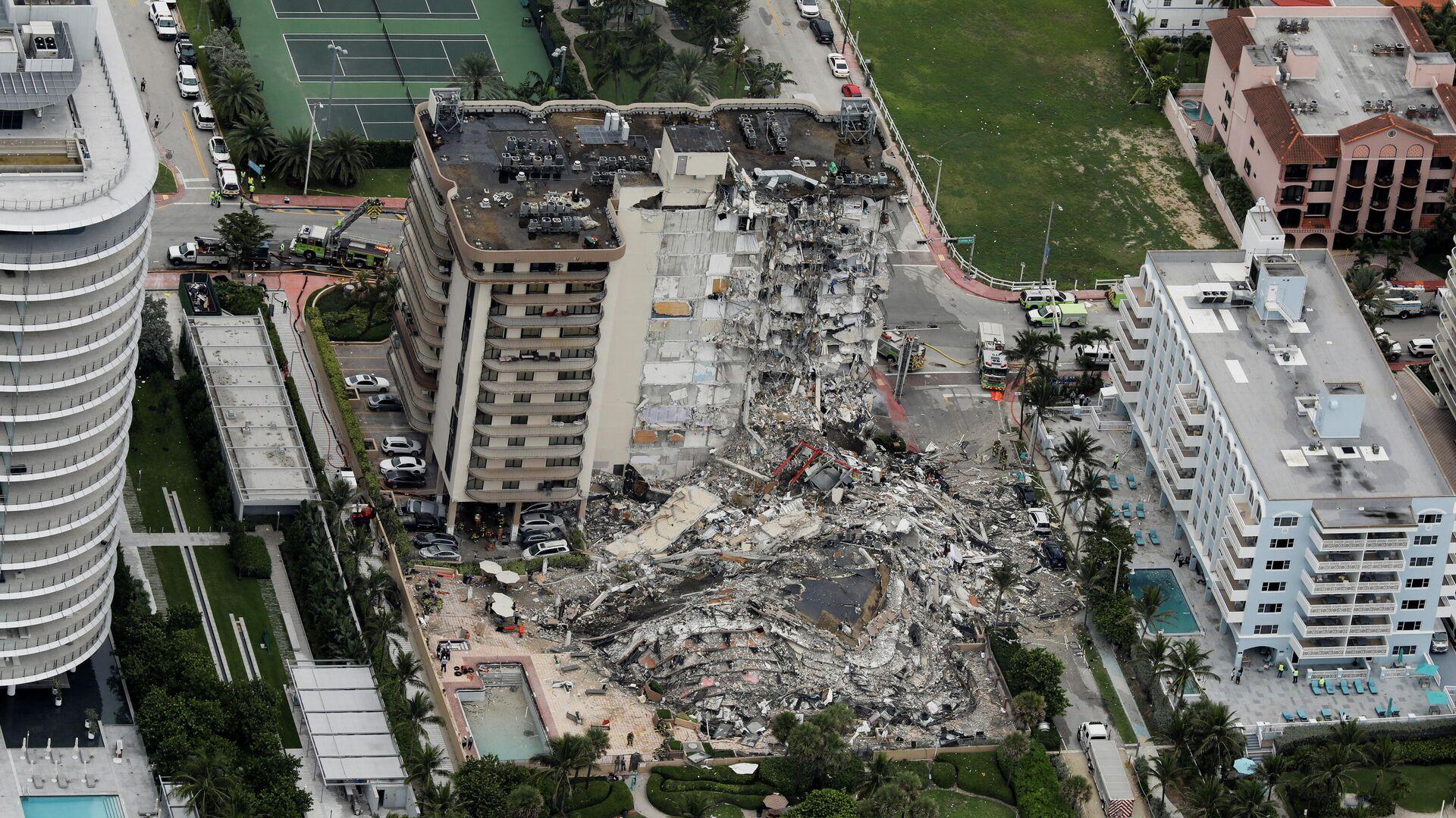 Обрушение многоэтажного здания в Майами, штат Флорида - РИА Новости, 1920, 25.06.2021