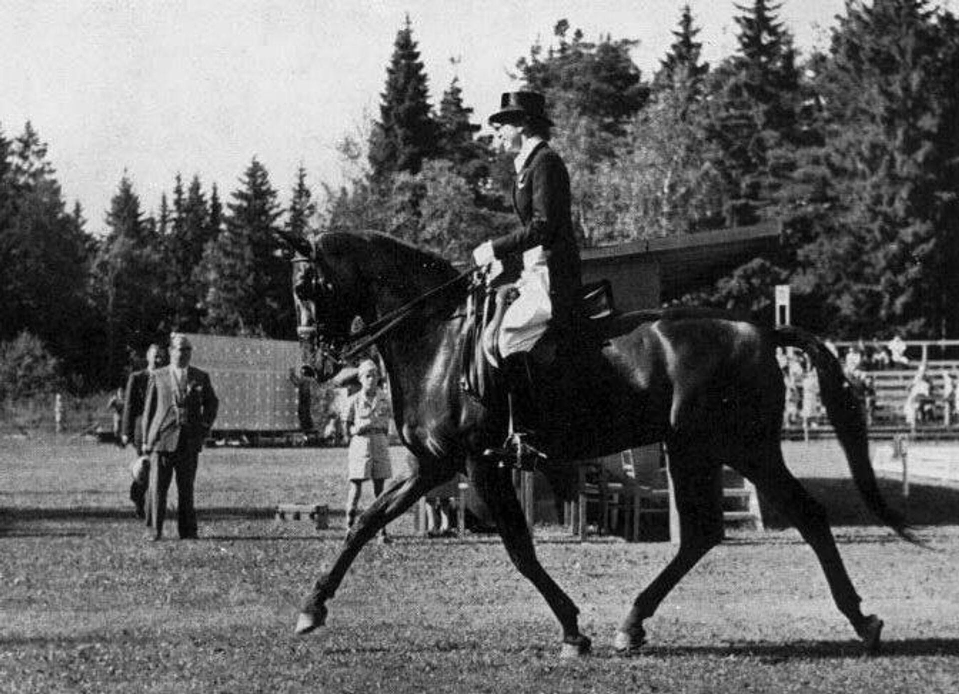 Лиз Хартель на Олимпийских играх 1952 года - РИА Новости, 1920, 05.07.2021