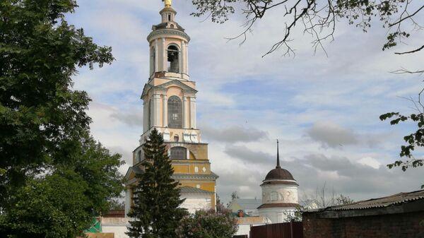 Суздаль. Преподобенская колокольня Ризоположенского монастыря
