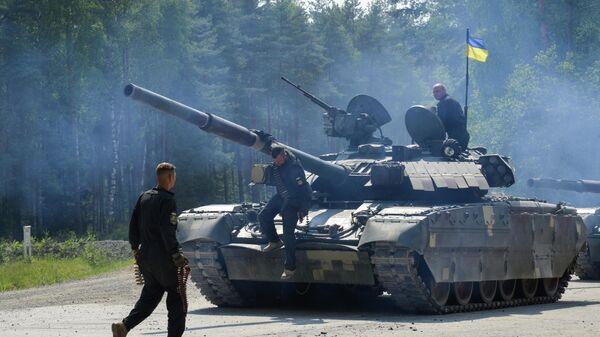 Украинские военные во время учений