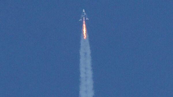 Старт космического корабля VSS Unity компании Virgin Galactic