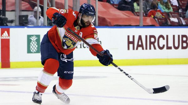 Защитник клуба НХЛ Флорида Пантерз Кит Яндл