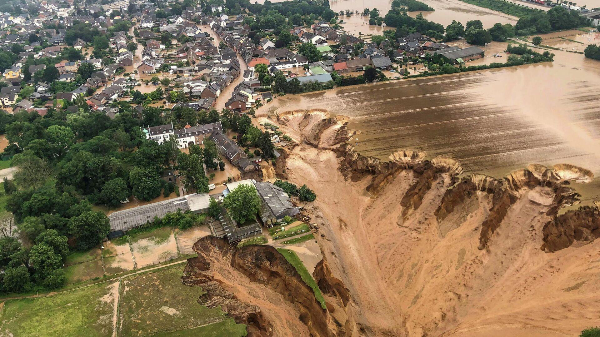 Последствия наводнения в Эрфтштадт-Блессем, Германия - РИА Новости, 1920, 17.07.2021