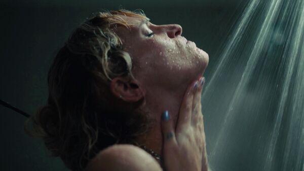 Кадр из фильма Титан