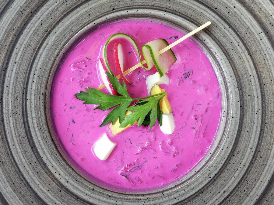 Традиционный свекольный холодный суп