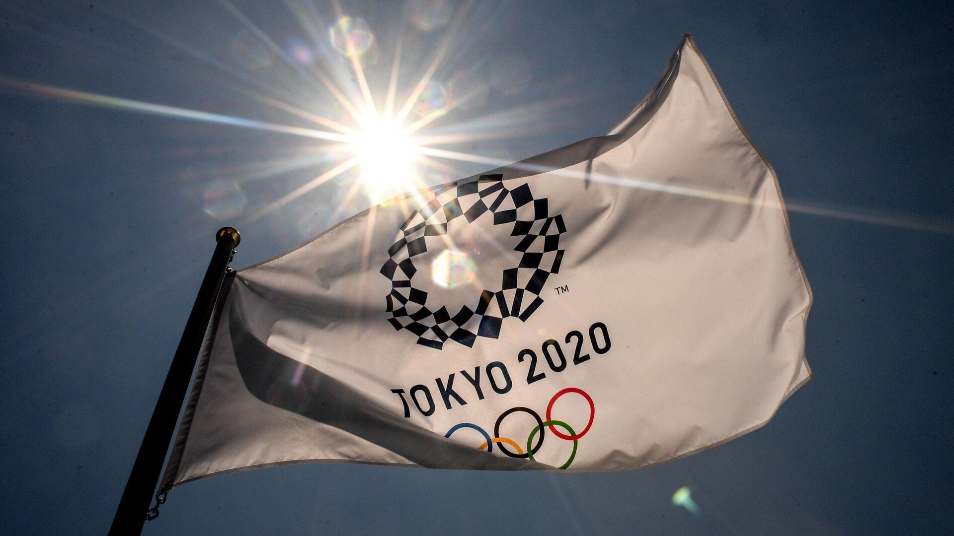 Флаг с символикой Олимпийских игр в Токио - РИА Новости, 1920, 22.07.2021