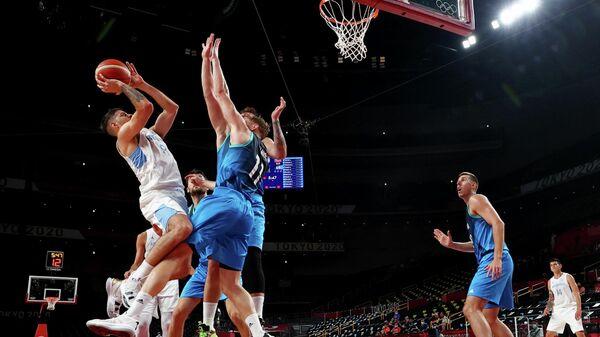 Матч между сборными Словении и Аргентины на Олимпиаде в Токио