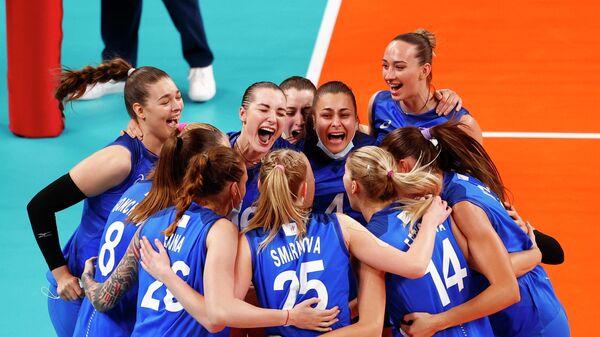 Российские волейболистки после победы на Олимпийских играх в Токио