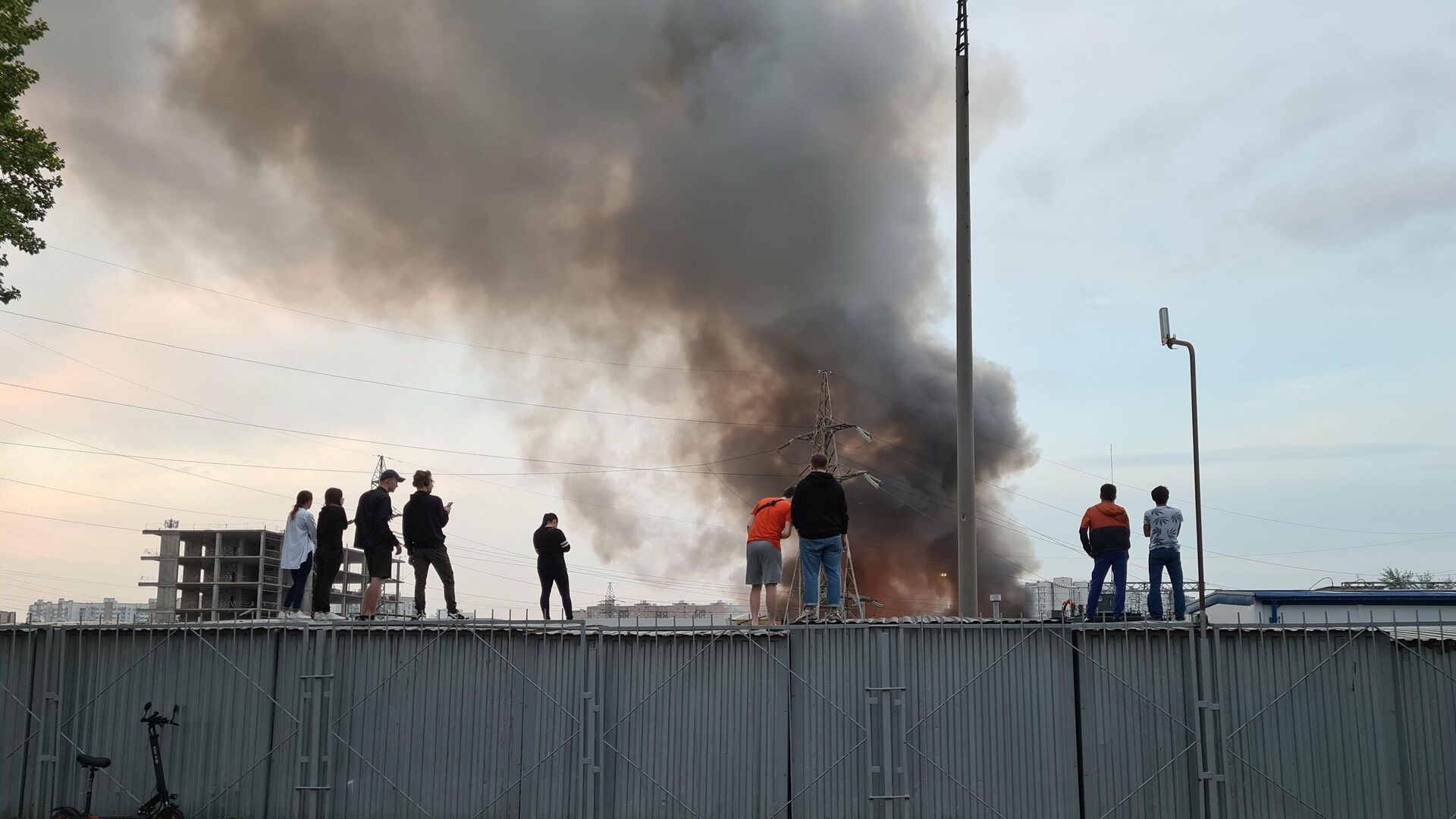 Пожар на складе на юго-востоке Москвы - РИА Новости, 1920, 30.07.2021