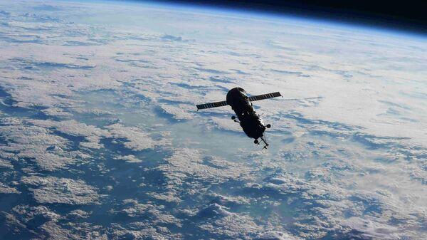 Выход в открытый космос с МКС пока не будут переносить из-за дыма