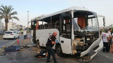 На месте ДТП с туристическим автобусом в Анталье, Турция