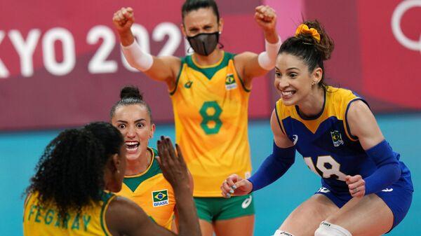 Олимпиада-2020. Волейбол. Женщины. Матч Бразилия - Россия