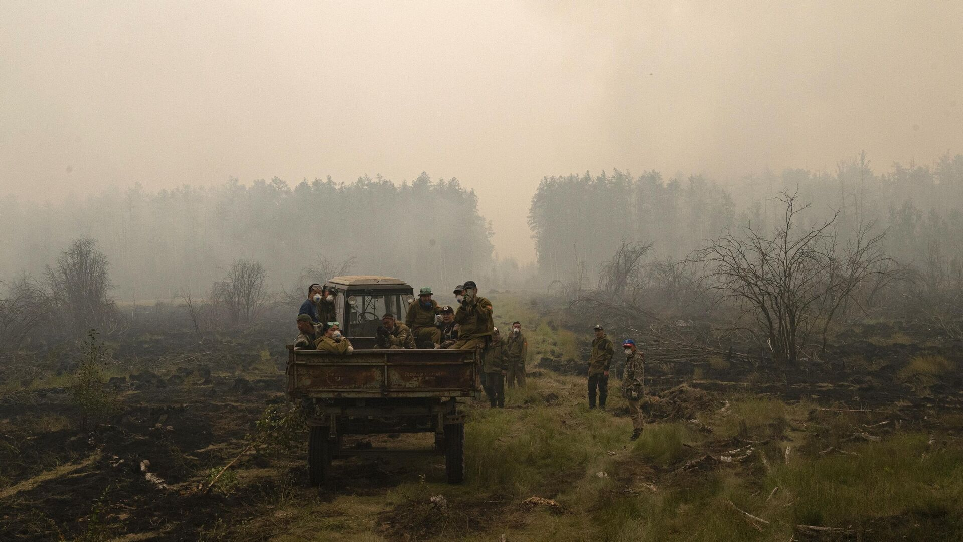В Якутии число лесных пожаров выросло до десяти