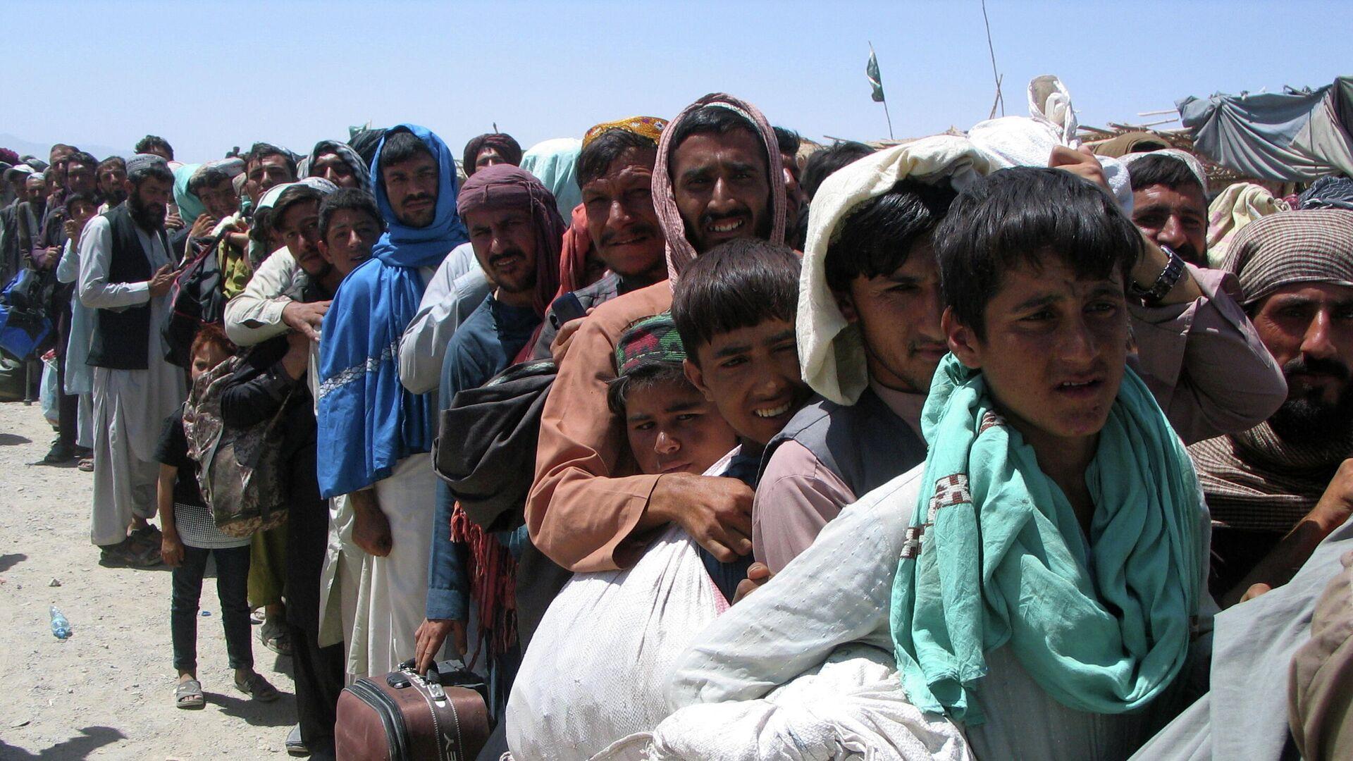 СМИ: сорок человек пострадали в аэропорту Кабула после обострения ситуации